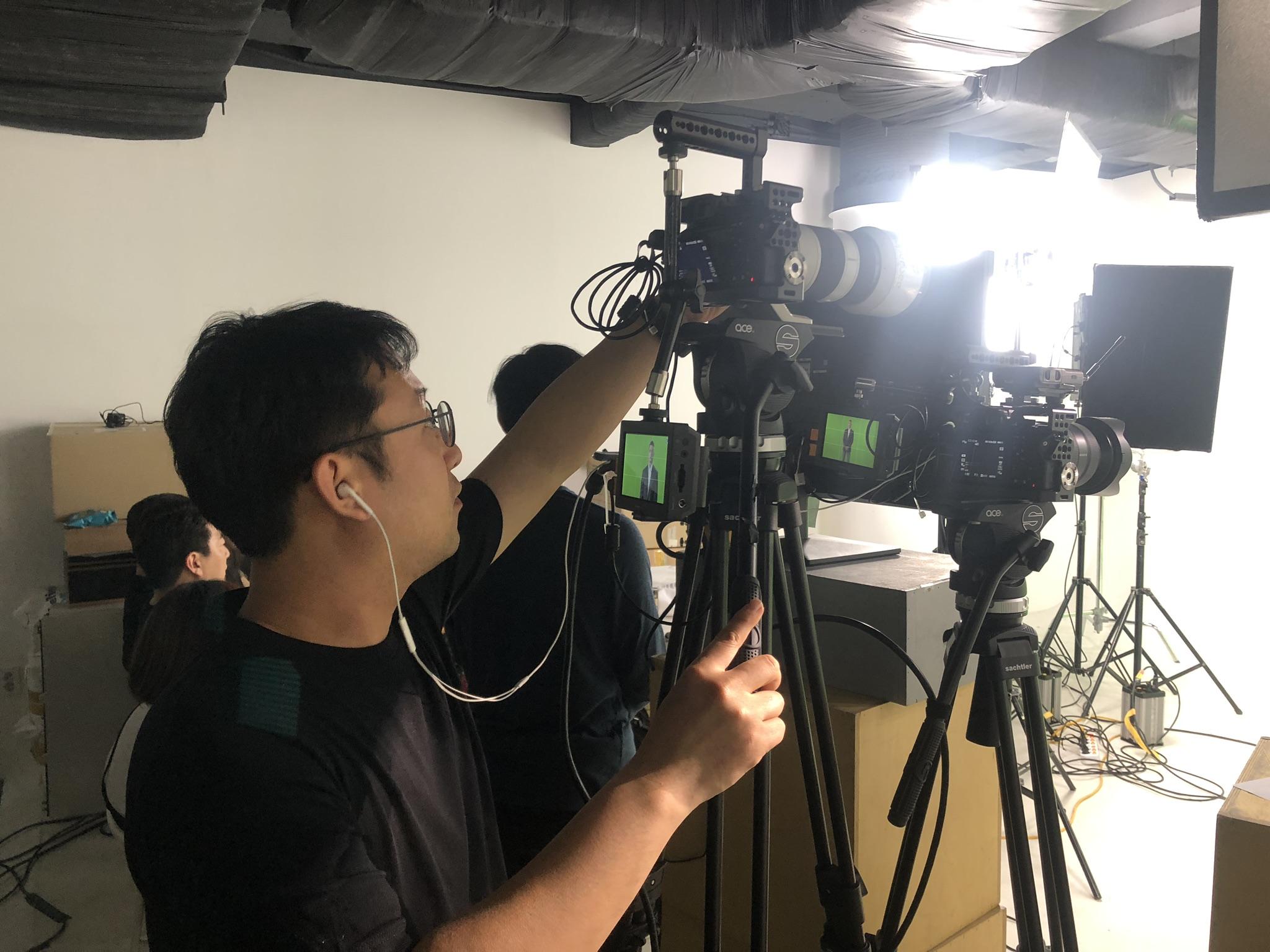 수퍼비글로벌디자인그룹 내부스튜디오 홍보영상 촬영 리메탈 산업