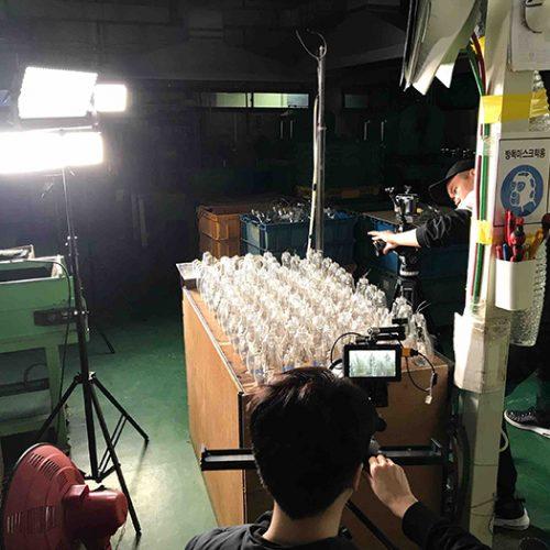 제조 공장에서 촬영한 삼립의 영상 촬영 현장