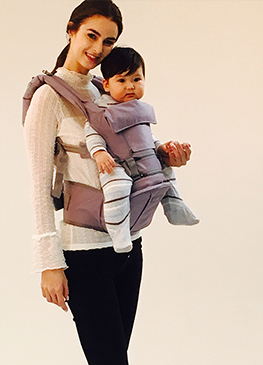 귀여운 아기와 외국인 모델과 함께 촬영한 신비아이 영상 촬영 현장